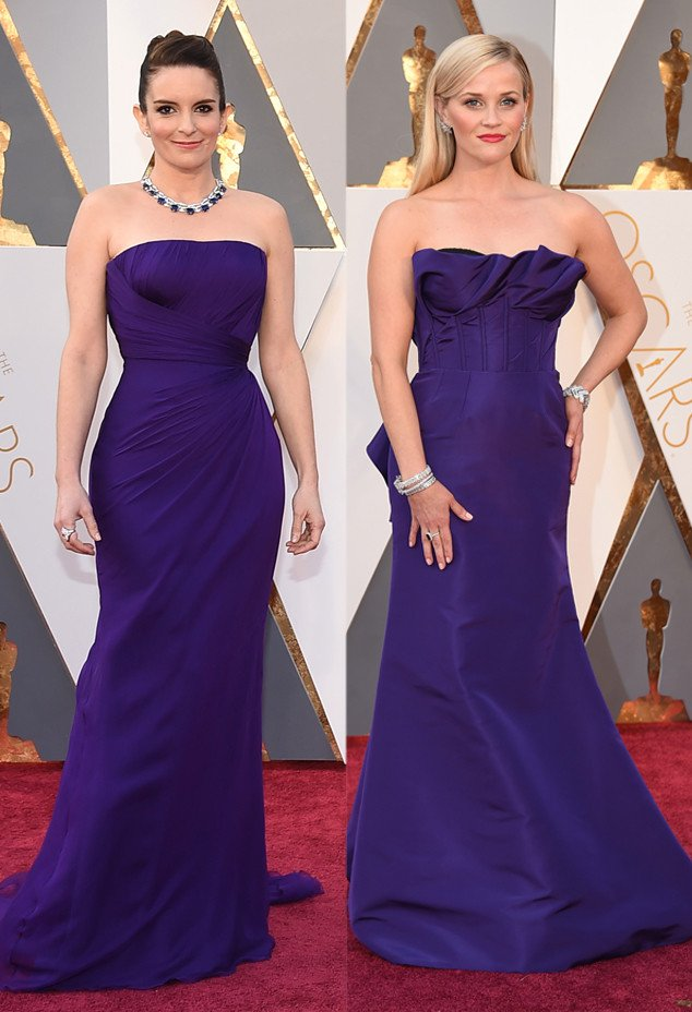 Tina Fey and Reese Witherspoon are practically twinning at the Oscars right now: