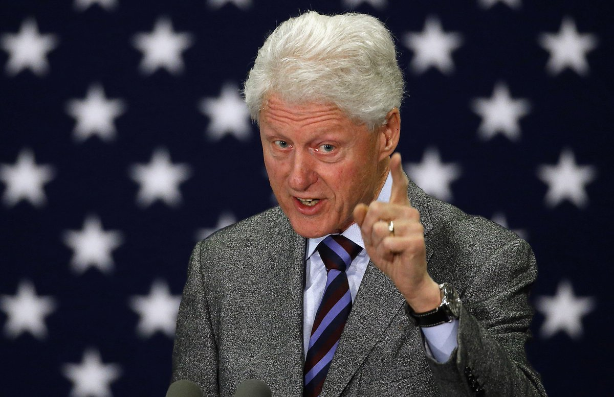 Bill Clinton will be in New Bedford Tuesday. When and Where: https://t.co/XZYExKSjzW https://t.co/ff0mzaoDrK