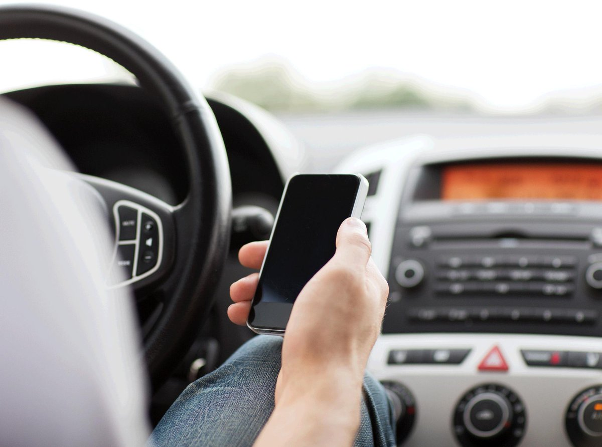Texting while driving has been found to be 2 to 5 times more dangerous than driving drunk #CAAFocus https://t.co/L46eqQ6UL0
