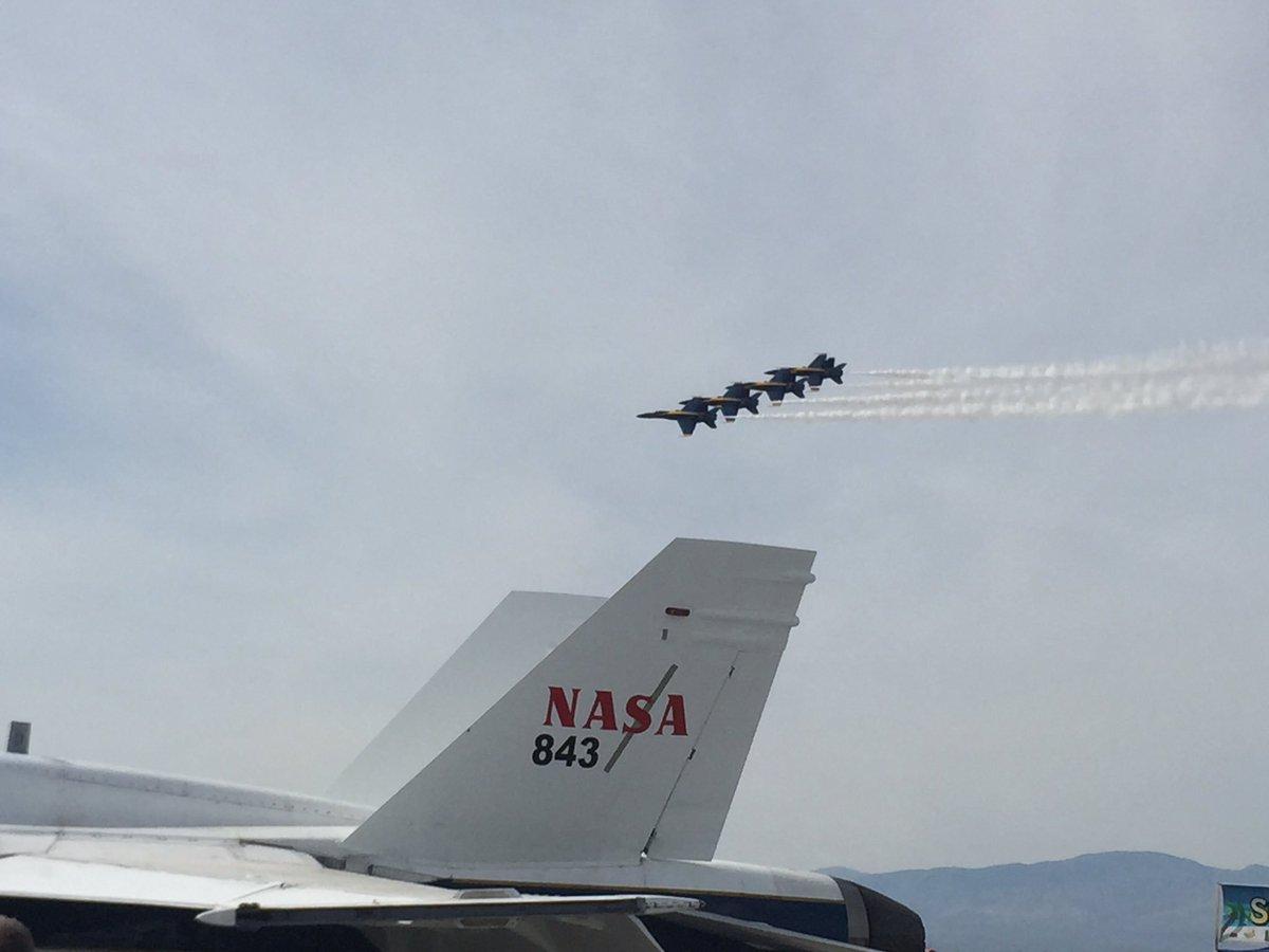 Blue Angles over the NASA Super Hornet. https://t.co/iIziDfE8DK