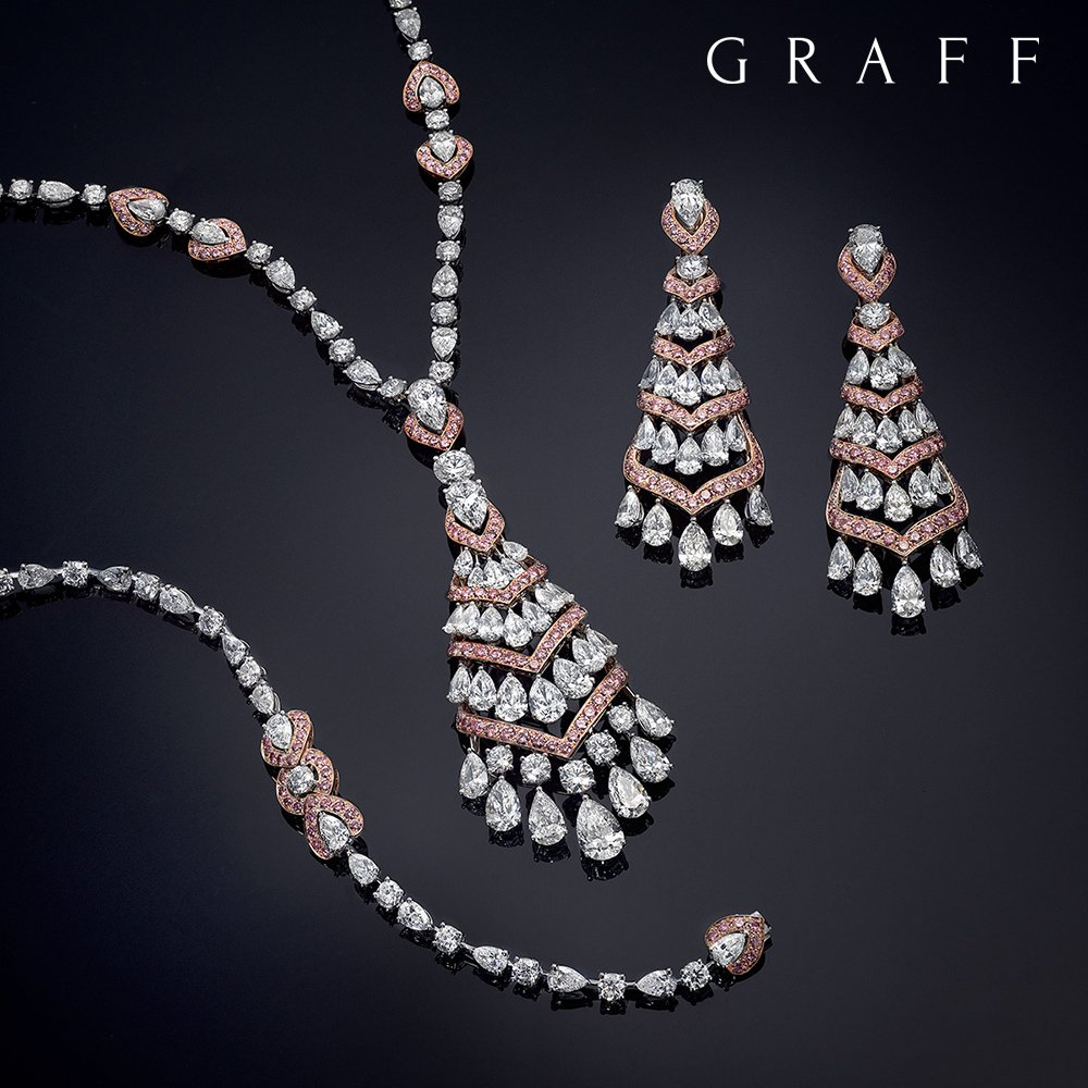Graff Diamonds' exquisite new jewellery suite features 92.15 carats of the very finest pink and white diamonds. https://t.co/JRkEgfpoCD