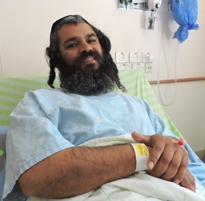Yonatan Azarihab was stabbed in the neck by a terrorist on Tuesday. He stabbed the guy back. https://t.co/Utn5vp74hT https://t.co/pFLZOPAT3h