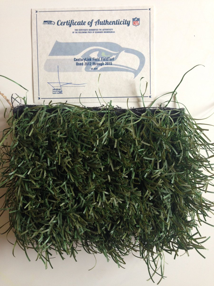 Awesome mail day! Our own piece of @Seahawks turf arrived! #GoHawks https://t.co/Aqy3TTS6sB
