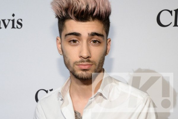 One Direction stars still distant with @ZaynMalik: