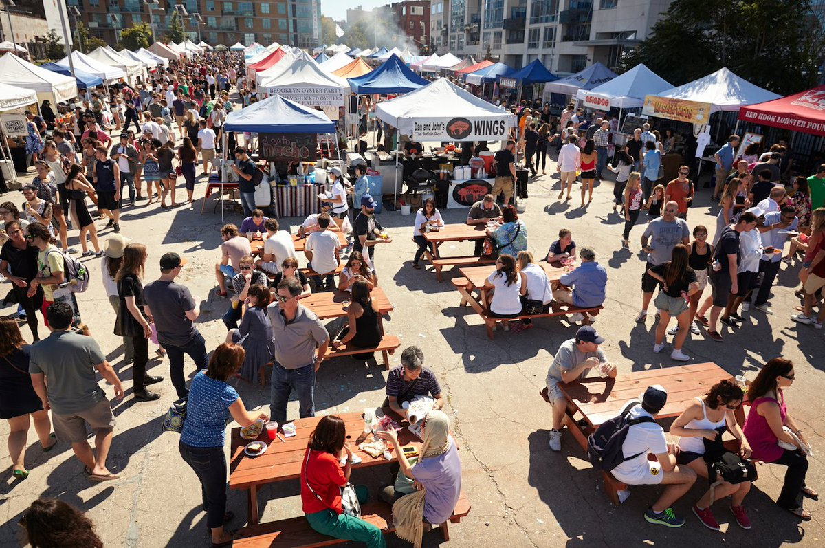 Smorgasburg opens this weekend: Sat. in Williamsburg + Sun. in @prospect_park! Stay tuned for new vendor lineup. https://t.co/nMtsIwUsWz