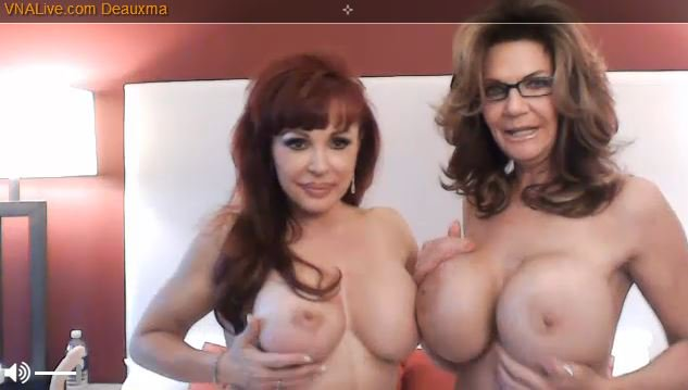 1 pic. NOW Live for SaraJay;.com members.... rt Go say hi to @Deauxma & @SexyVanessa3  Right NOW https://t