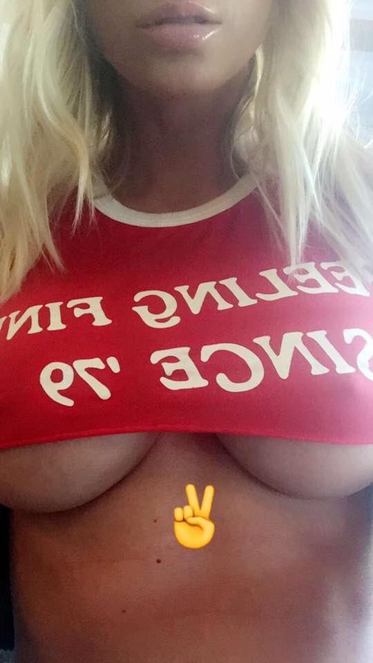 ?Snapchat screen name: sjunderwood F9WPl8MsvA