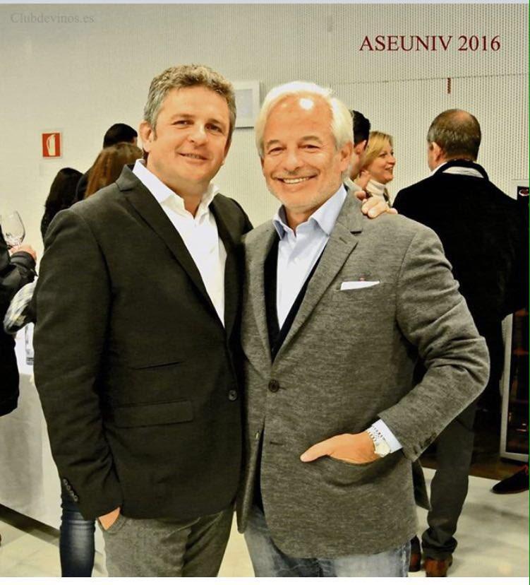 Alvaro Palacios y Xavier #Gramona comparten sus vinos en la Copa de los Sentidos @ASEUNIV_GVinos #copasentidos2016 https://t.co/d5Wql5JEvI