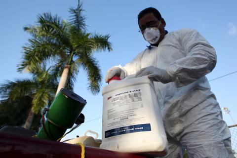 Obama administration to shift Ebola funds to Zika virus fight