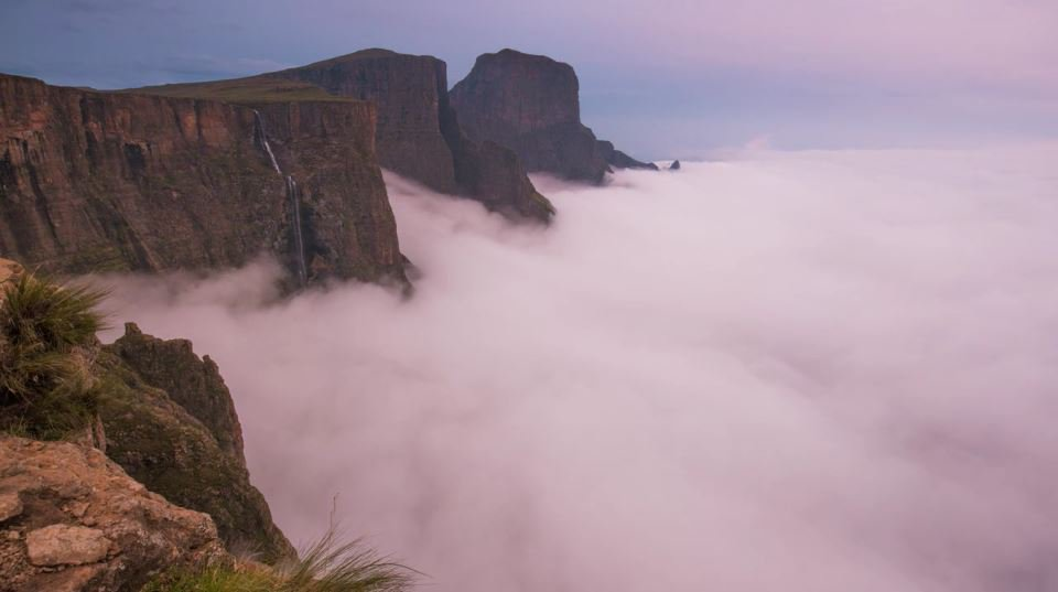RT @SAA_UK: Drakensberg dreaming... This will have you packing your bags in no time!