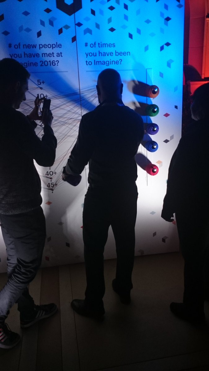 hirokazu_nishi: @_Talesh playing #magento game! #MagentoImagine https://t.co/0I0dDaIo64