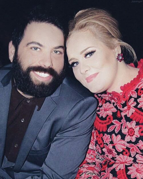 Happy Bday Simon, thanks for make Adele happy everyday!!! Have a nice day !!