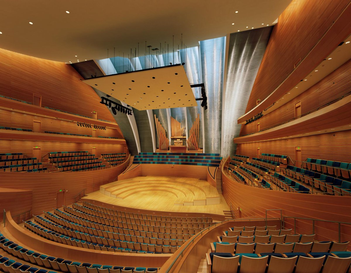 #DidYouKnow that no seat in Helzberg Hall is more than 100ft away from the stage? https://t.co/J1fSMpRNOs