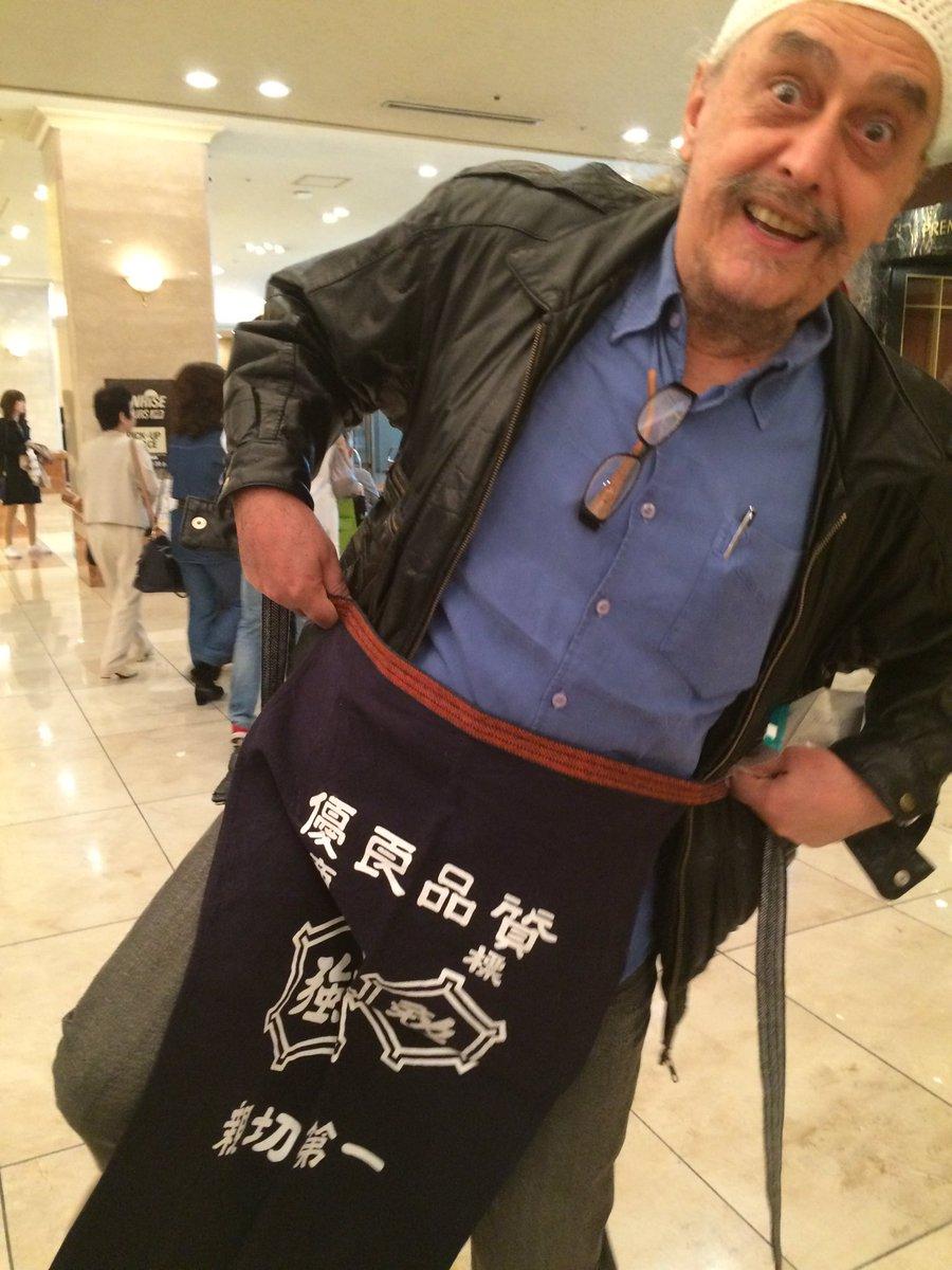 僕からのプレゼントに大喜びのジスモンチさん!(笑) https://t.co/R6guJN4SXu