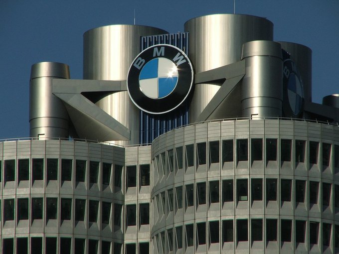 Companies based in state of Bavaria, Germany:  - Allianz - Adidas - Audi - BMW - Puma - Siemens https://t.co/KUhwyRfbgw