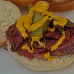 Yay!!! Its nearly the long weekend & its salt beef Friday!!! Only @good_food_shop #hove https://t.co/79gp6tEwQy