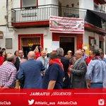 Llegada de las primeras Peñas del Athletic Club a la sede de la Peña Bailen, anfitriona del Congreso Internacional https://t.co/ydjYhpIo9d