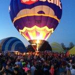 Balloon Glow 2015 we will be there again tonight at 9 on#MeTV join us @WLKYLaurenAdams @CarolynWLKY @WLKYJayCardosi https://t.co/J8Us7tT4GB