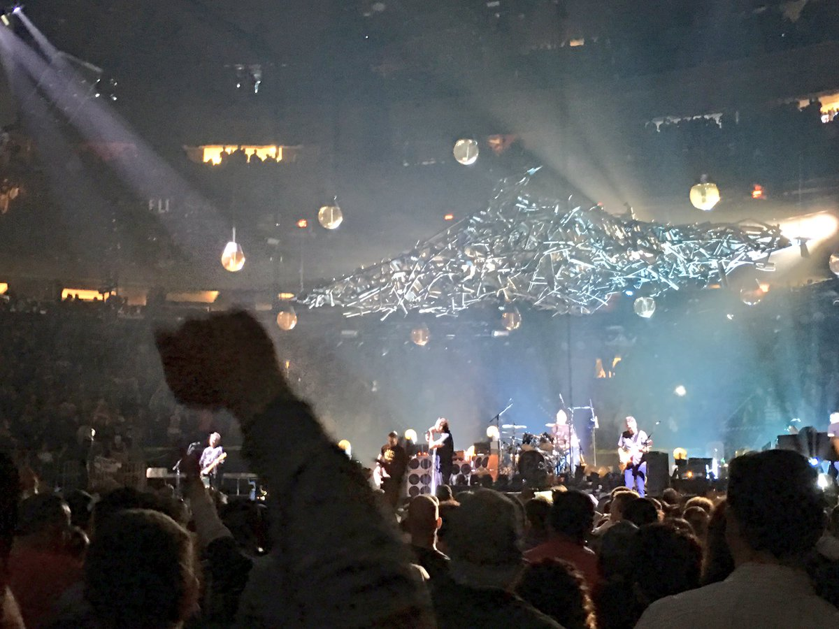 Pearl Jam Madison Square Garden New York Ny On 5 1 2016 1224 Photos Pictures And Videos