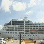 US cruise ship docks in Havana, first time in 40 years https://t.co/E5Md2SMuu4 #lasvegas https://t.co/yS4VOgijv8