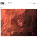Hace unos días, Tottenham recortó diferencia y Kane publicó esta imagen (izq). Hoy, Vardy publica esta (der) https://t.co/svAxPaPHih