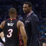 Report: Chris Bosh wants the union to force the Heat into letting him play. https://t.co/rUh12AWiYM https://t.co/4o3yCgLj9m