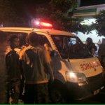 23.50 @JRescuer: Satu unit ambulance menuju @candiborobudur membawa siswa yg diduga menggeser salah satu batu candi https://t.co/ZZd02XfwQW