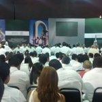 #JustoAhora llega el presidente Enrique Peña Nieto al Centro de Convenciones   #VisitaPresidencialTabasco https://t.co/RkwZ6hyawe