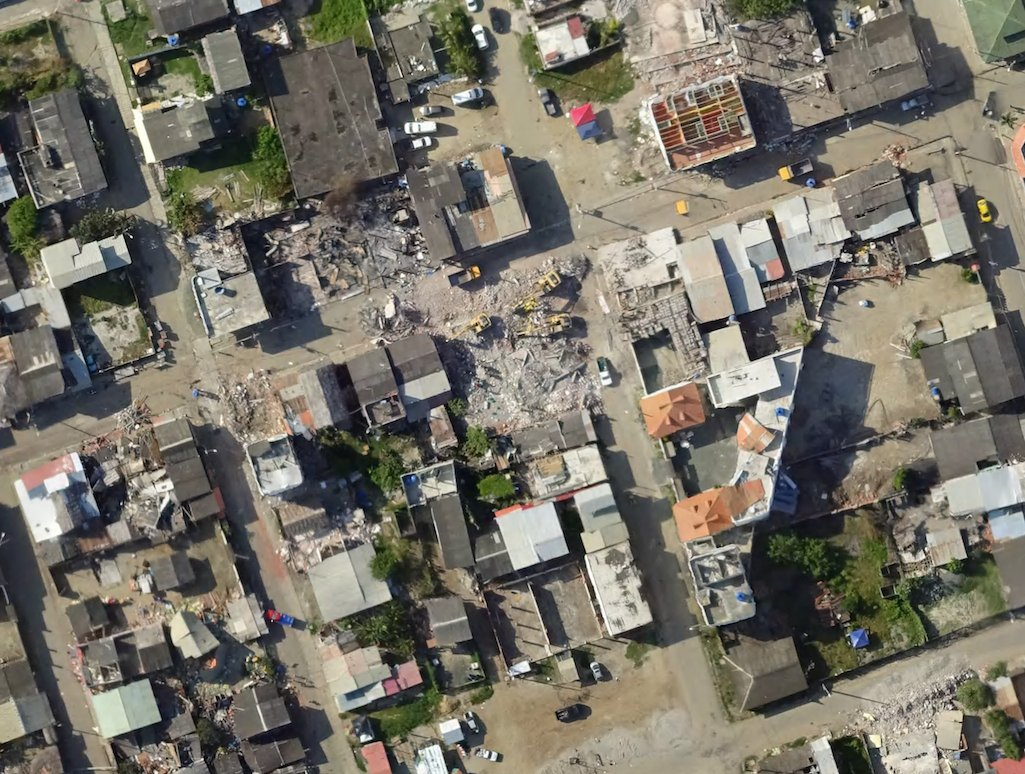 Post #EcuadorEarthquake drone imagery is now on OpenAerialMap https://t.co/hbmm6vmq0D  Great work by @UAViators_ https://t.co/MYH0boQuSU
