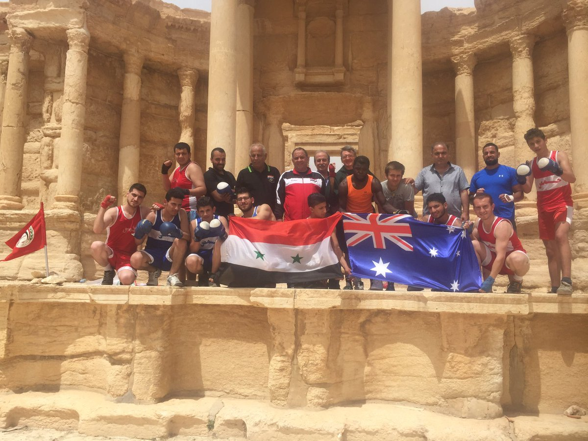 Boxing in Palmyra. Long live Palmyra and long live the friendship between our countries! https://t.co/xfQn5SL2N0