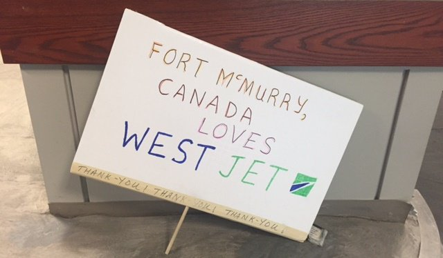 Important info for residents returning to Fort McMurray. Cc @FlyYMM