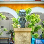 A new monument to visit: the Monument of the Nobel Gabriel García Márquez, in La Merced Cloister. https://t.co/07YI6TjlDC