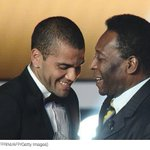 Así Dani Alves se burló de Pelé en Instagram https://t.co/WqrpVGipem https://t.co/cMPBQaY60F