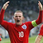 Rooney! 2-0 England. The #mufc boys are at it tonight! #England https://t.co/wPfGE2QtyG
