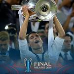 .@Cristiano Ronaldo soaks it up... #UCLfinal https://t.co/EEDRO21F3j
