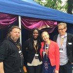 Turvapaikanhakijasta yhteiskunnan jäseneksi #maailmakylässä yhdessä Ritan, Jannen ja Liisan kanssa @SetlementtiAsuu https://t.co/XwdFLZjwu8