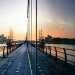 FadeStSocial: Reflection of a Dublin sunset! #LoveDublin Photo by IG/kutufoto #photooftheday #Dublin https://t.co/f3EGPkrynW