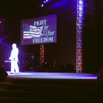 Pastor @wmarkfoster preaching an awesome #MemorialDay message at @The_POTC! https://t.co/VpeYaGucz4