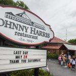 Serving up food, memories: Johnny Harris ends an era: https://t.co/HCvT8mFn9C | @brittiniraySMN | #Savannah https://t.co/FVI0HquNfN