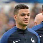"""[#Decla????] Jamel Debouzze: """"Karim Benzema et Hatem Ben Arfa payent la situation sociale de la France d'aujourd'hui."""" https://t.co/zbAS03Jsl8"""