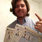 Jorge Pérez (@jpgnmkt) vota adelantado desde España por @RicardoRossello, @Jenniffer2012 y @JuneRivera2016. ???????????????????????? https://t.co/75EYfJ6s1W