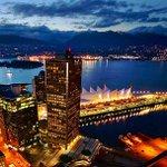 "#BBC is now calling #Vancouver property market a ""Freak Show"" https://t.co/lxVdEjuLiM @VancityBuzz @BBCNews https://t.co/LYWCPK66OK"