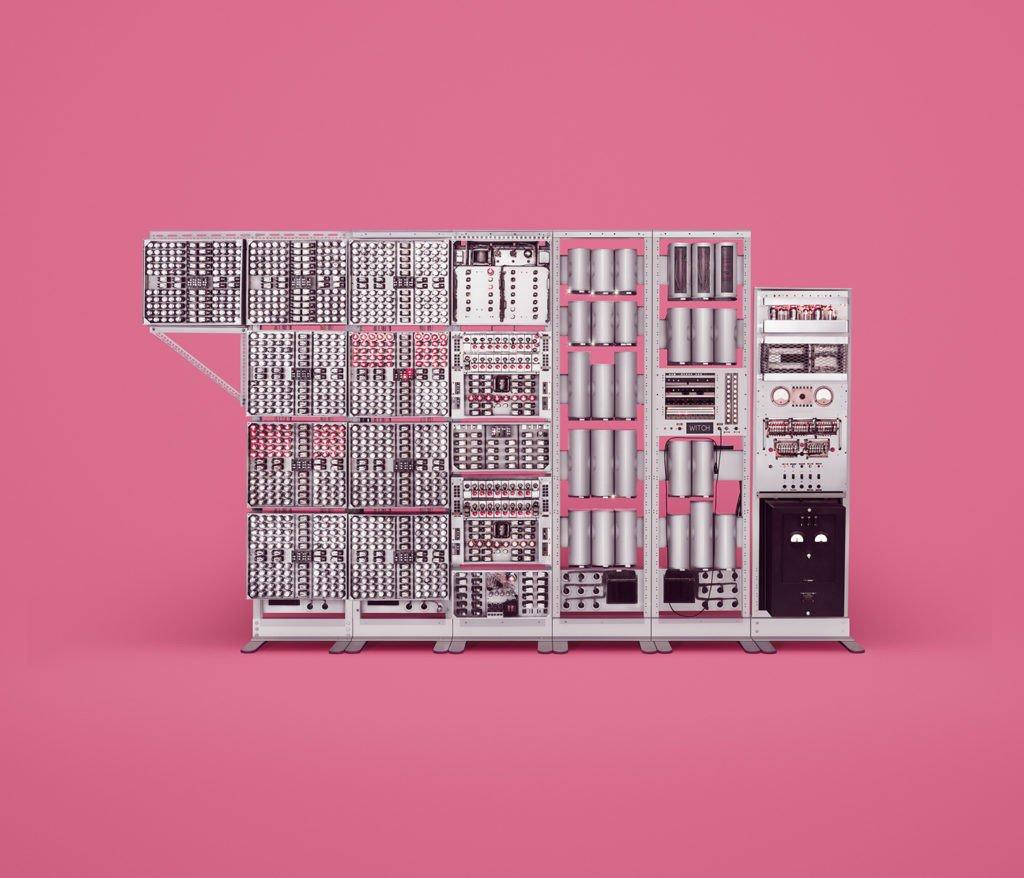美しく巨大な「骨董コンピューター」の世界 https://t.co/4ovLyARohm https://t.co/95pndMKt3i