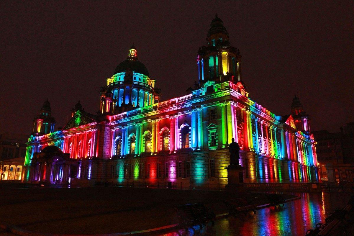 #Belfast City Hall via Alex McGreevy on Facebook https://t.co/xe9Y0YfTtx