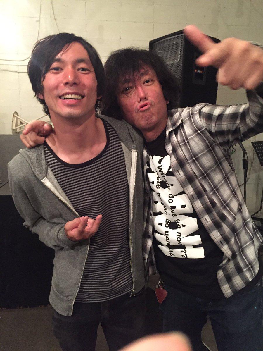 無事に東京に戻って来ました。札幌2日間楽しかったです。円山リボルバー、海外のハコみたいで盛り上がった!本当に色んな人にお世話になりました、ありがとうございました。写真はSABAHの淳さんと。昔79で対バンした事を覚えてくれてました。 https://t.co/2gemZ9cOXF