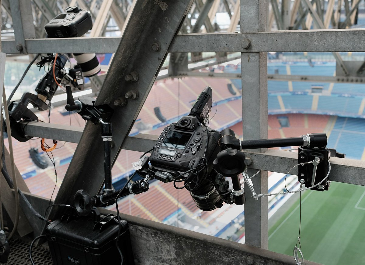 #Manfrotto super clamps and magic armsn at the UEFA Champions Leage final with Matthias Hangst set up! https://t.co/s23Fdz4MQz
