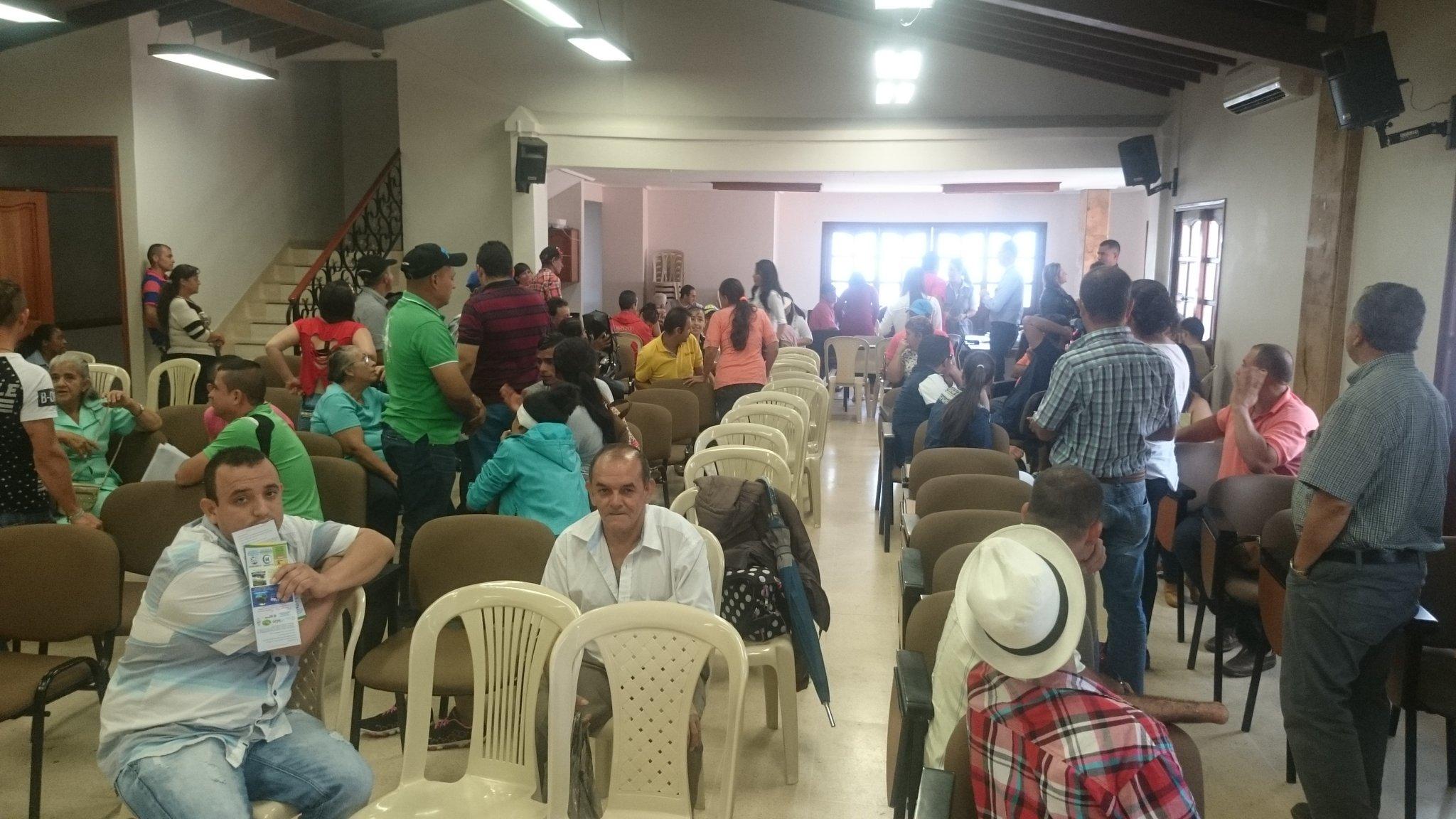 Por seguridad a quienes se les entregó la indemnización en Cocorná no podrán retirar montos superiores de 1 millón https://t.co/0LOegEFaaP