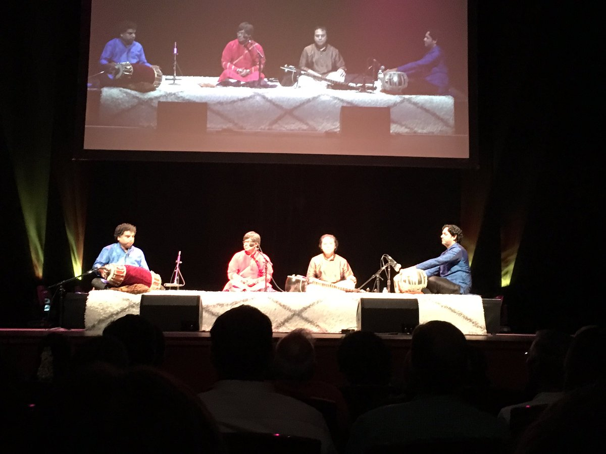 Tabla and Mridangam Jugal Bandhi at @heartful_ness #meditation #heartfulness https://t.co/E2nPPqxG5L
