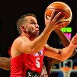El armador boricua @jjbareapr es el Jugador Más Valioso del #Centrobasket2016. ???????????? https://t.co/j870giowwP