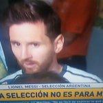 """""""Se terminó para mi la selección. Ya está. Ya lo intenté mucho. Me voy sin poder conseguirlo"""" -Lionel Messi- https://t.co/cqm4hpJuym"""